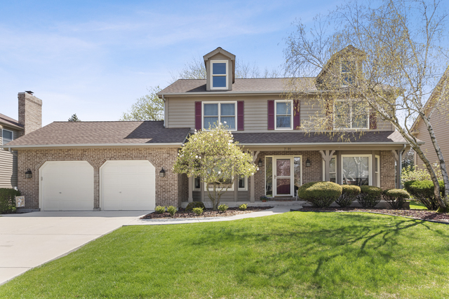 7601 Queens Court, Downers Grove, Illinois
