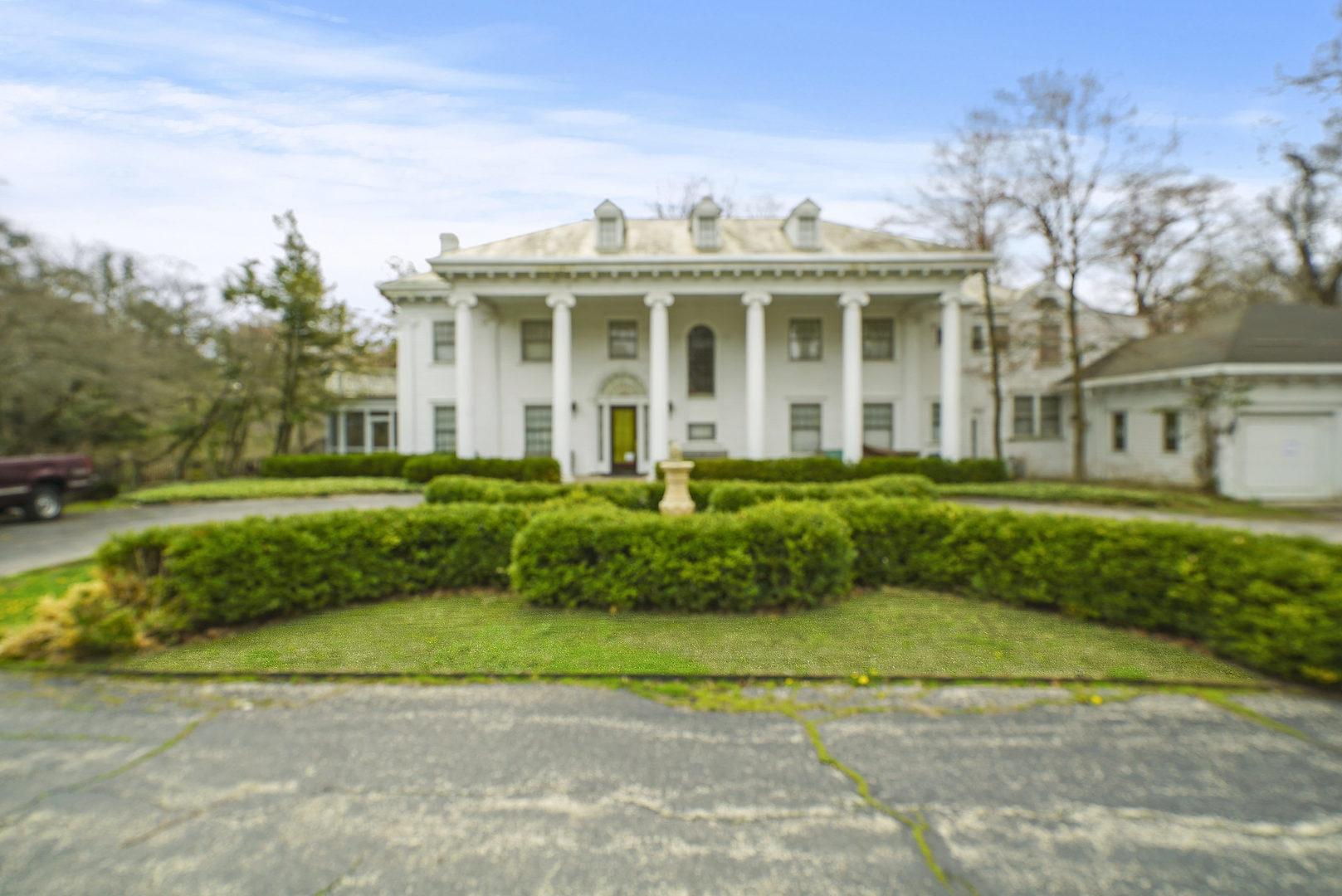 276 Hazel Avenue, Highland Park, Illinois