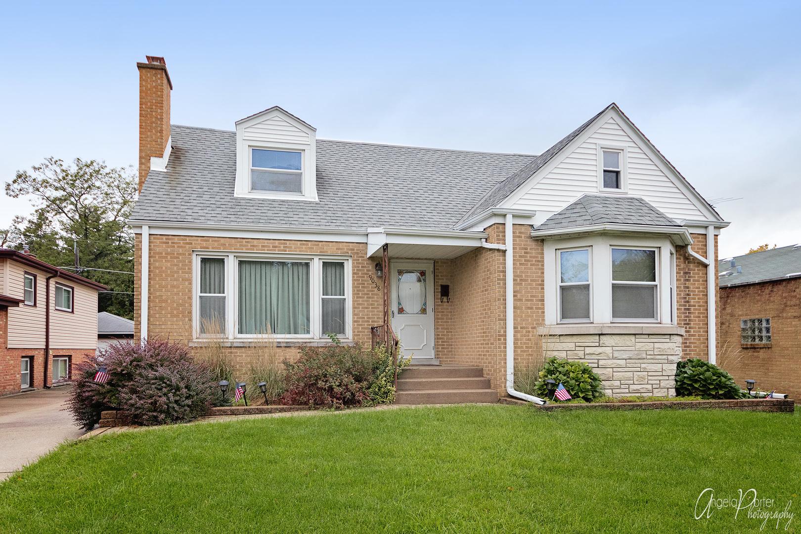 9038 CENTRAL Avenue, Morton Grove, Illinois