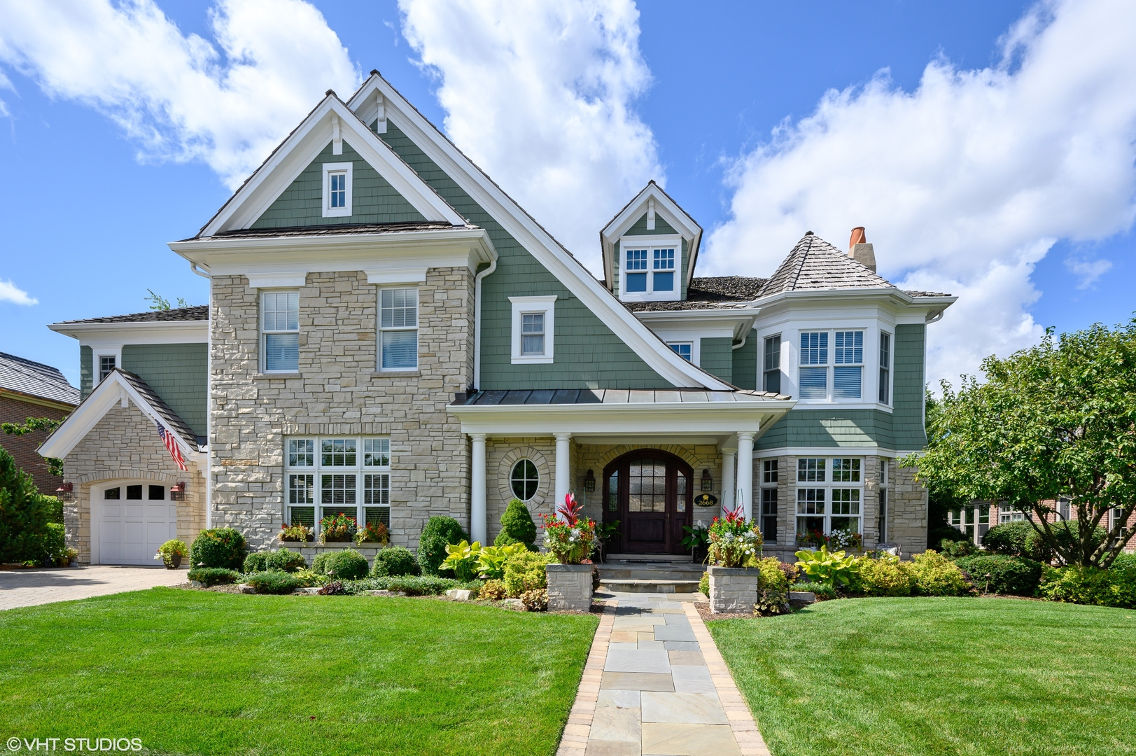 2668 Independence Avenue, Glenview, Illinois