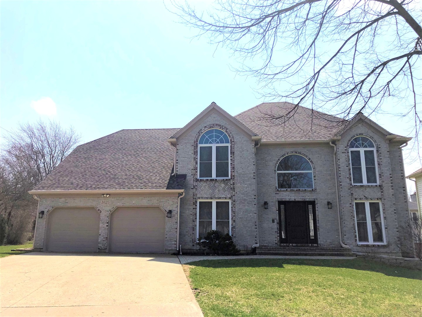 1025 Hidden Creek Court, Vernon Hills, Illinois