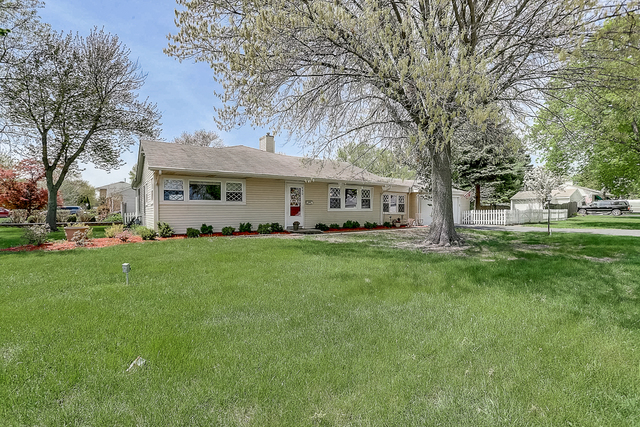 950 South Warrington Road, Des Plaines in Cook County, IL 60016 Home for Sale