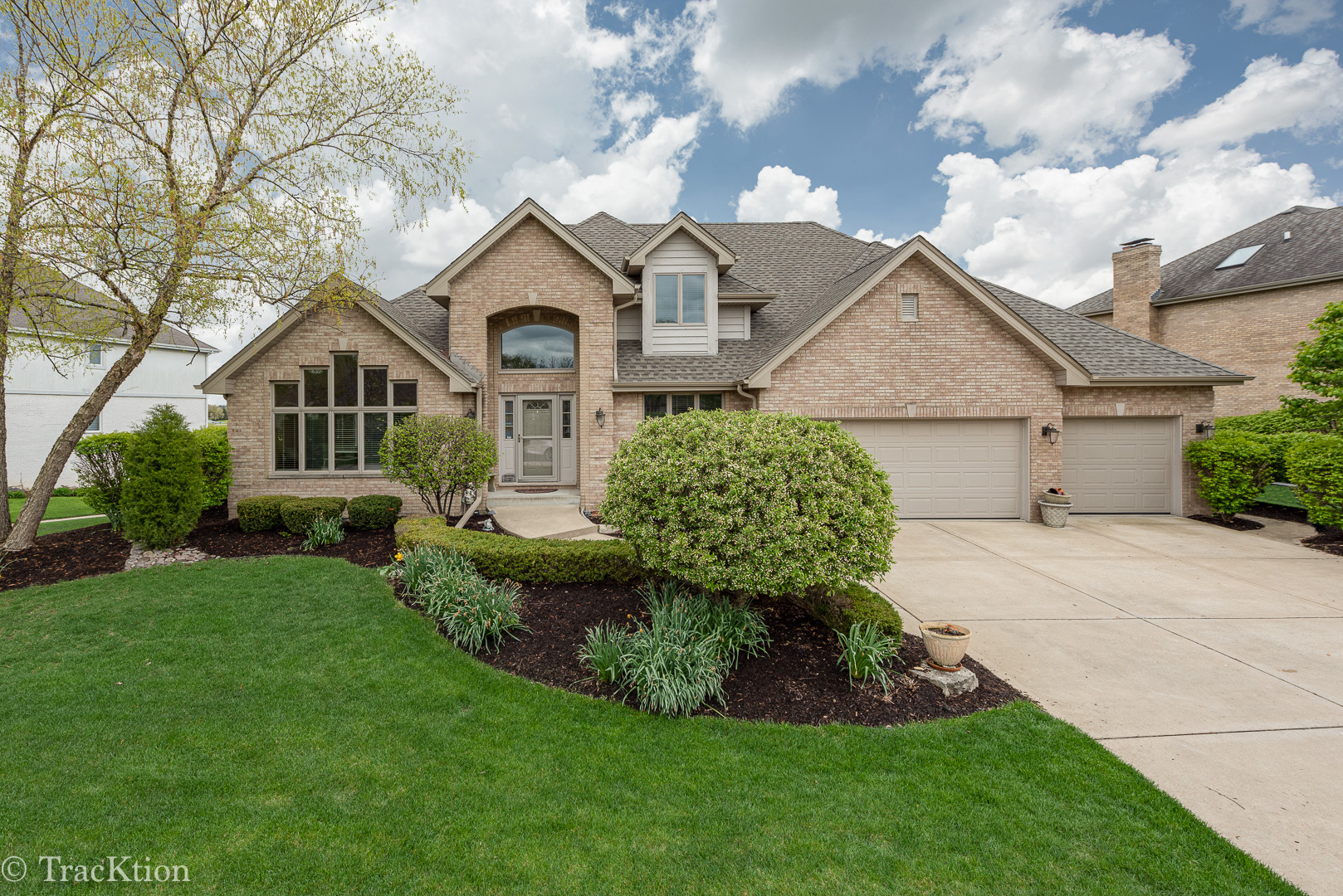 10845 Fawn Trail Drive, Orland Park, Illinois