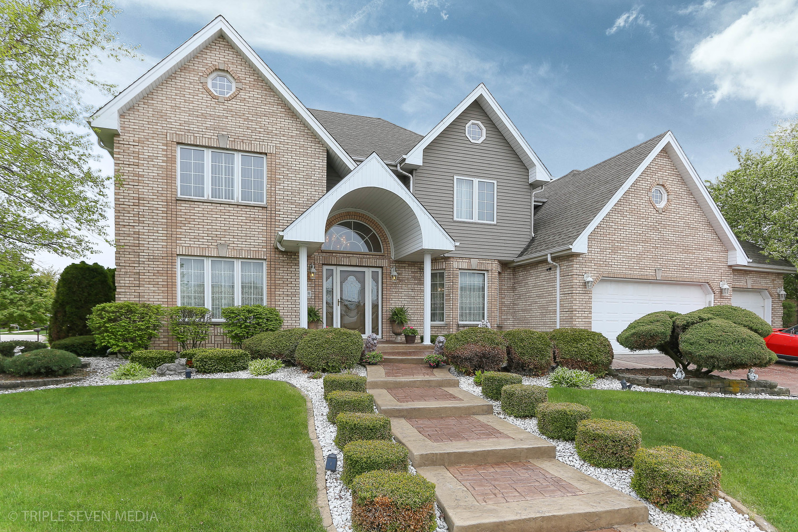 One of Orland Park 5 Bedroom Homes for Sale at 10605 Maue Drive