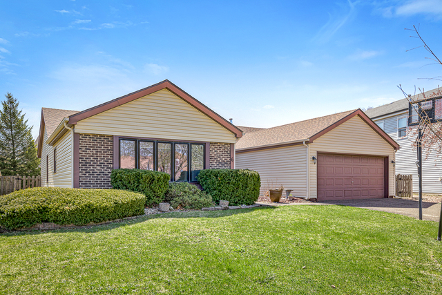 6 FOX Court West, Buffalo Grove in Lake County, IL 60089 Home for Sale
