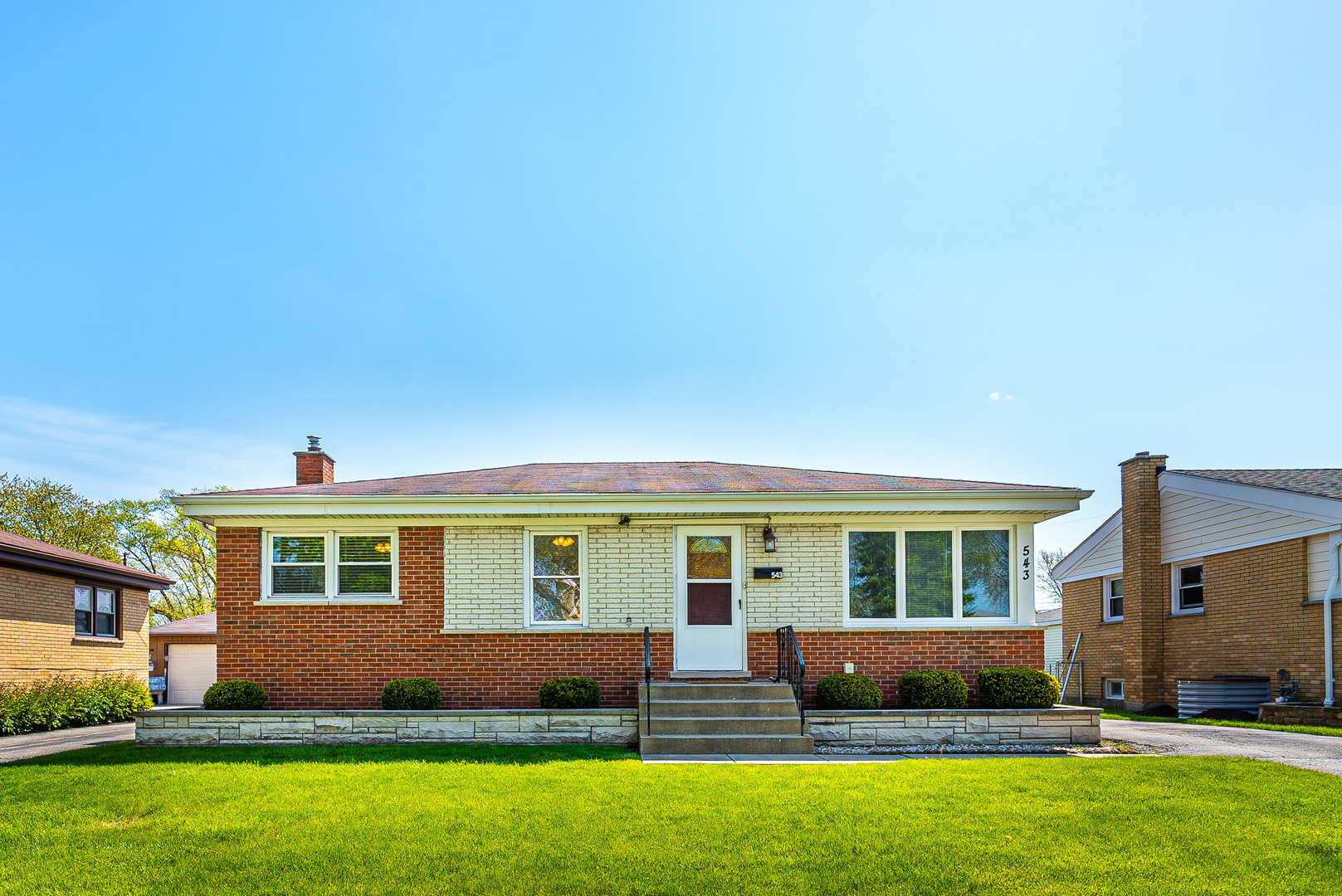 543 Amherst Avenue, Des Plaines in Cook County, IL 60016 Home for Sale