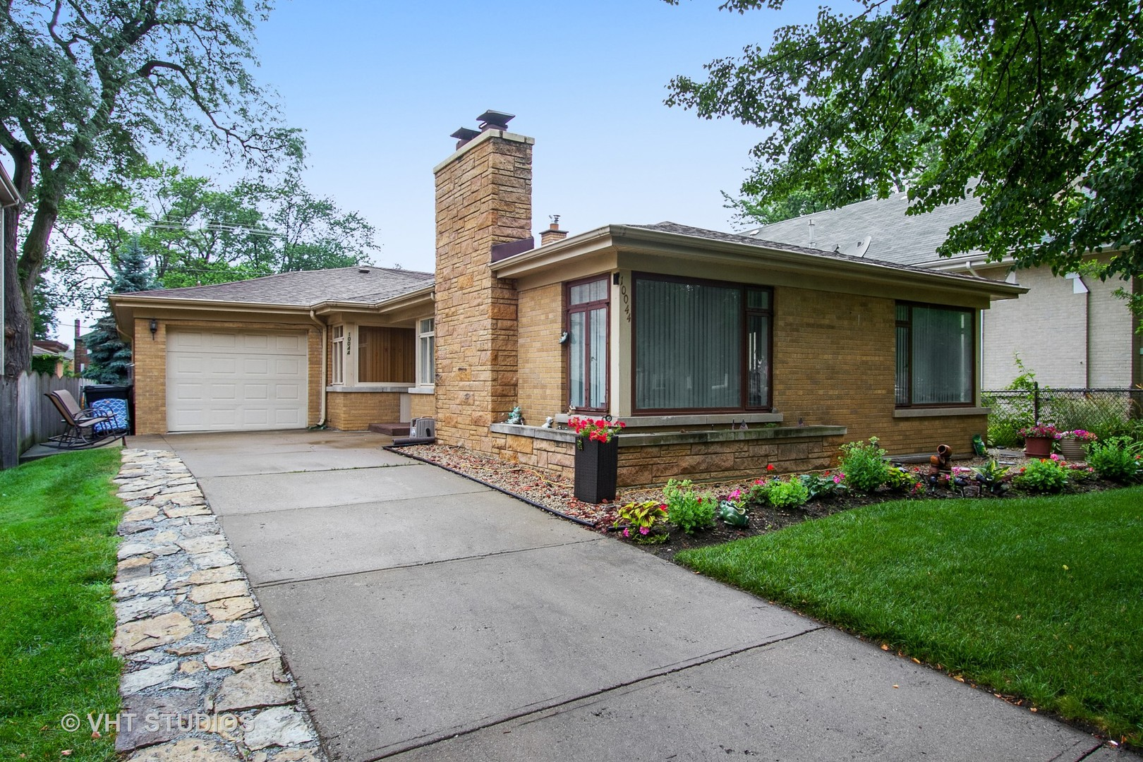 10044 South BELL Avenue, Beverly-Chicago, Illinois
