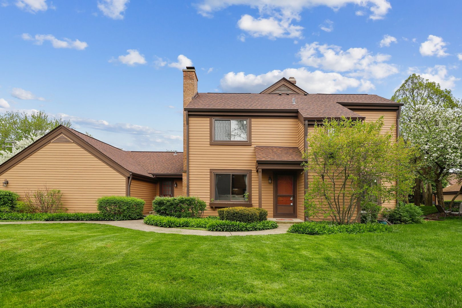 1341 Bristol Lane, Buffalo Grove in Lake County, IL 60089 Home for Sale