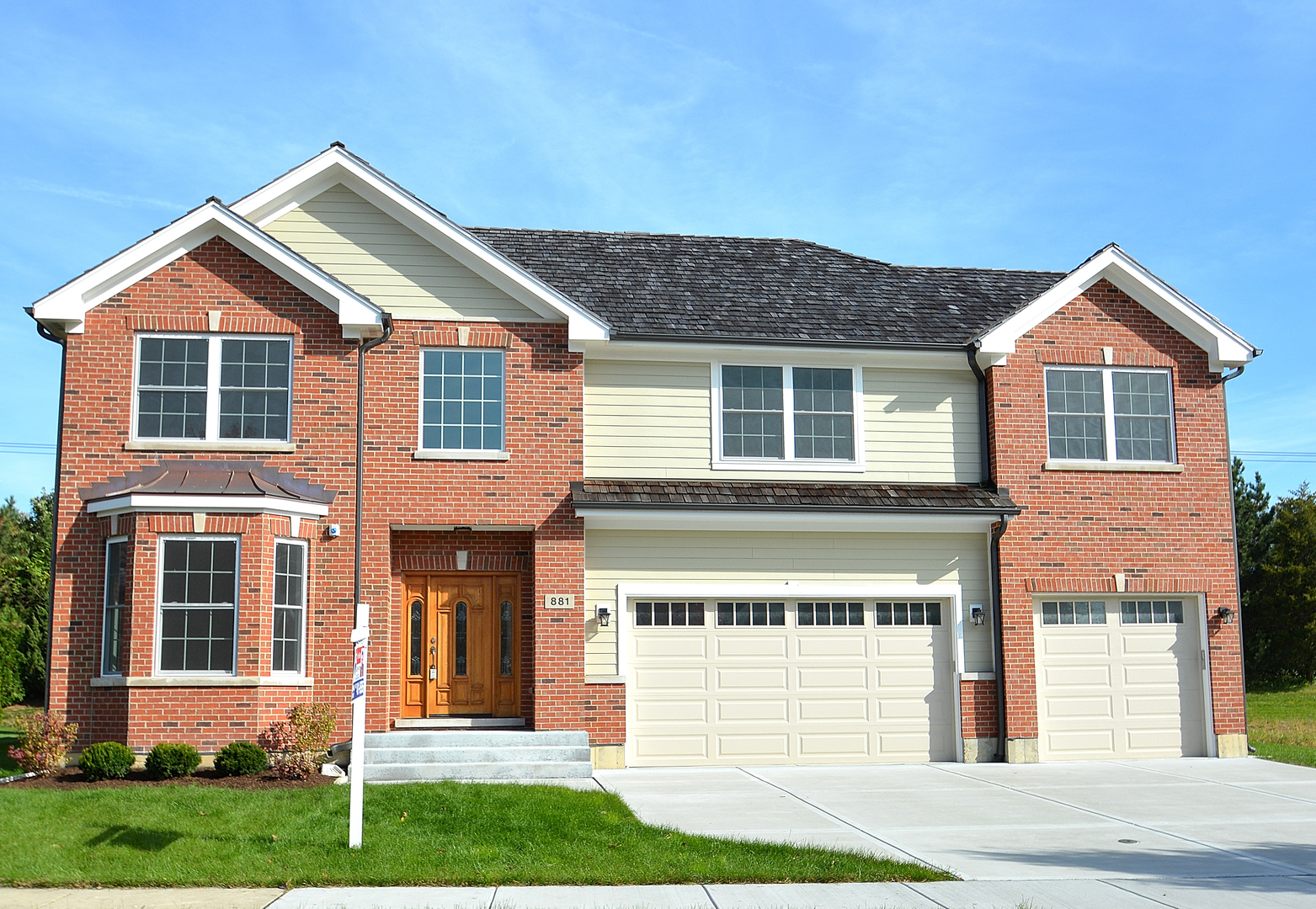 881 East Writer Court, one of homes for sale in Vernon Hills