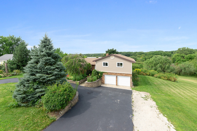 16302 South Bell Road, Homer Glen in Will County, IL 60491 Home for Sale