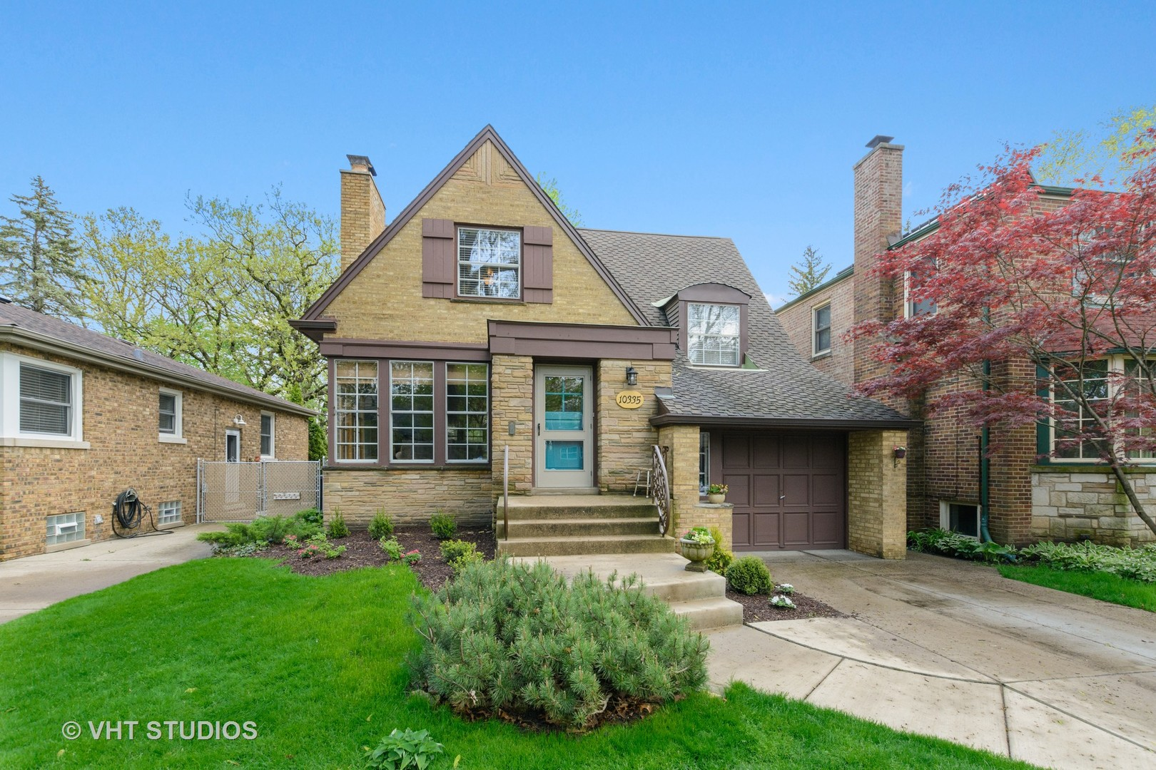 10335 South Fairfield Avenue, Beverly-Chicago, Illinois