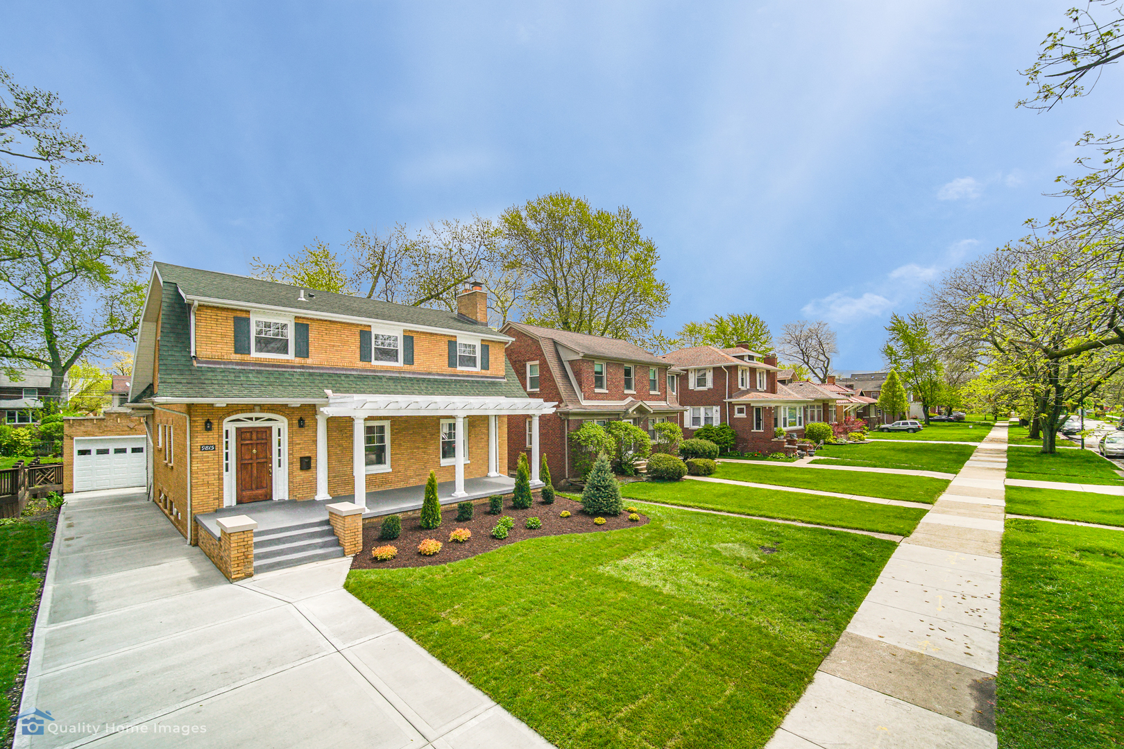 9815 South Damen Avenue, Beverly-Chicago, Illinois