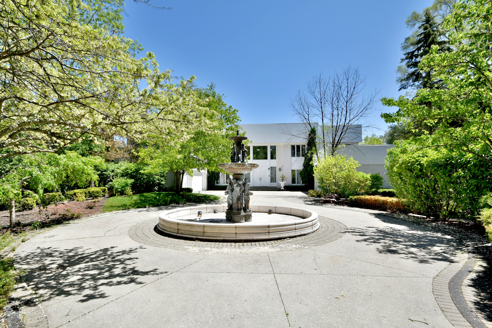 1810 Shelley Court, Highland Park, Illinois