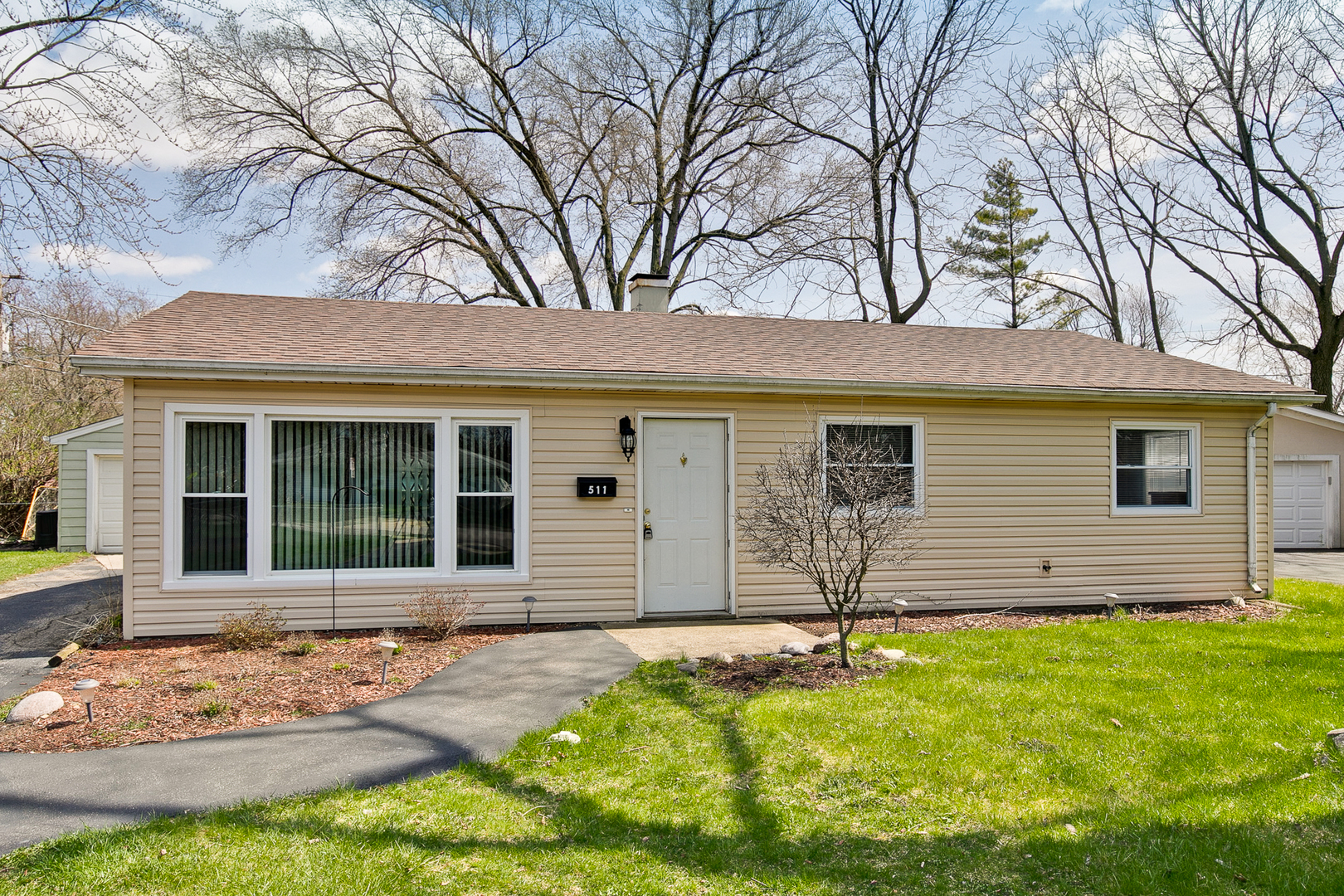 511 Hawley Court, Mundelein in Lake County, IL 60060 Home for Sale