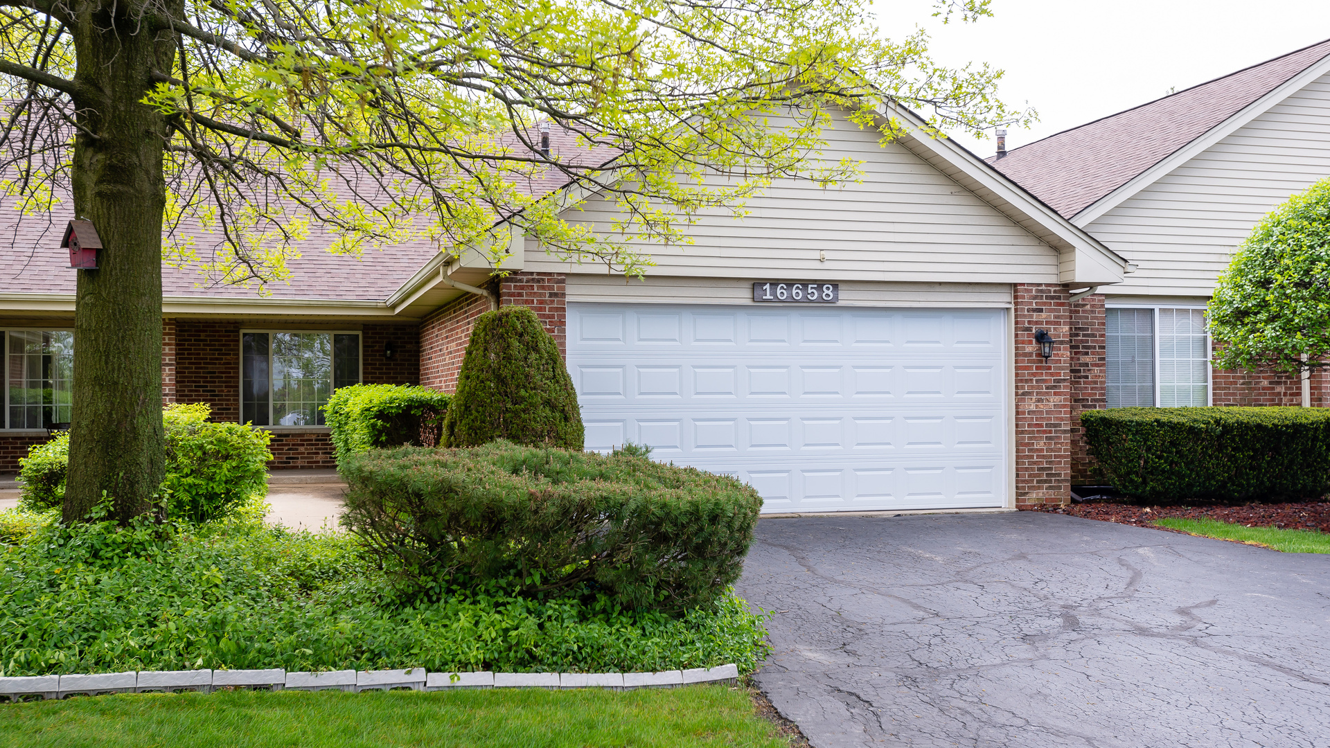 16658 SETON Place, Orland Park in Cook County, IL 60467 Home for Sale