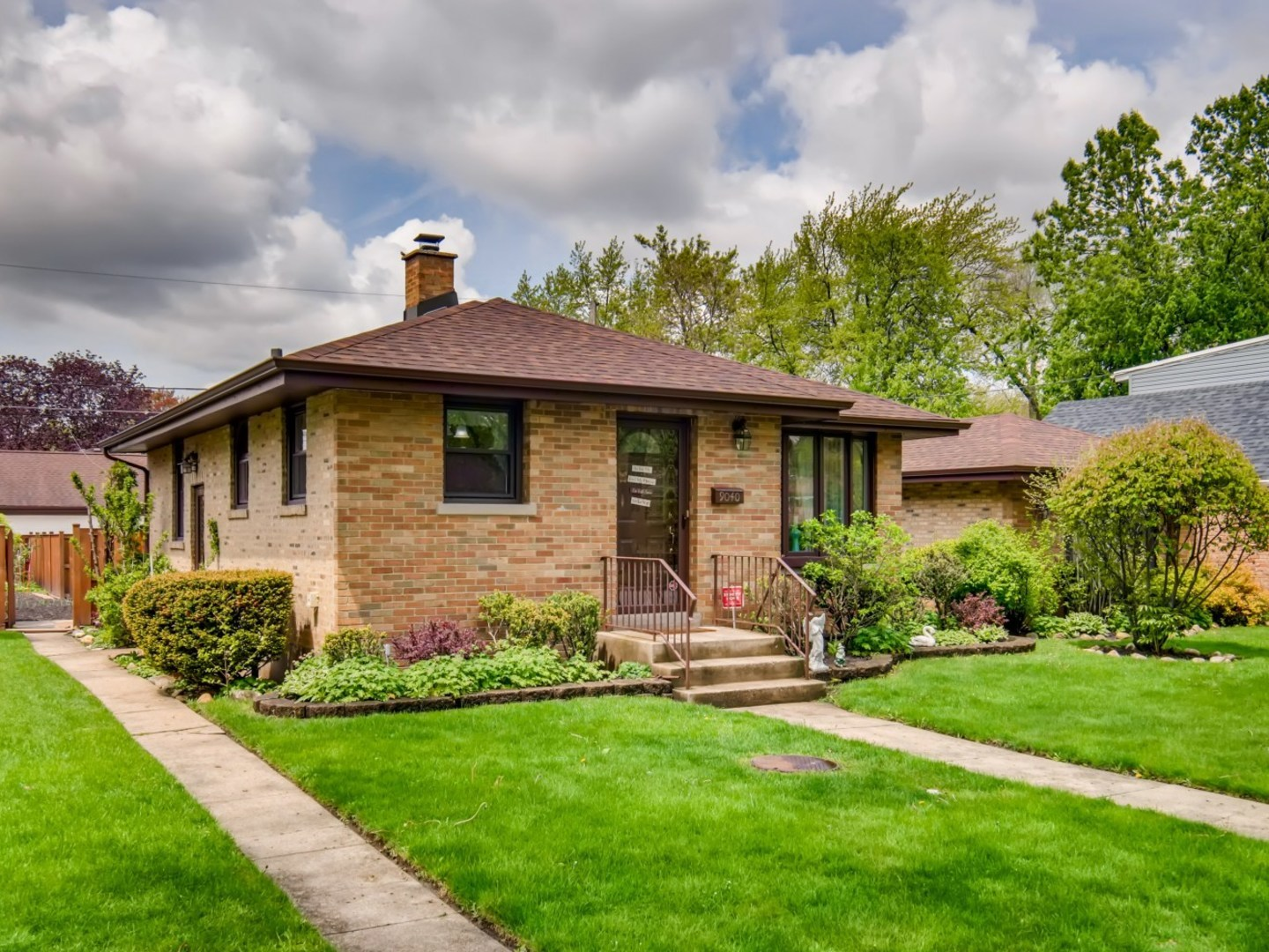 9040 McVicker Avenue, Morton Grove, Illinois