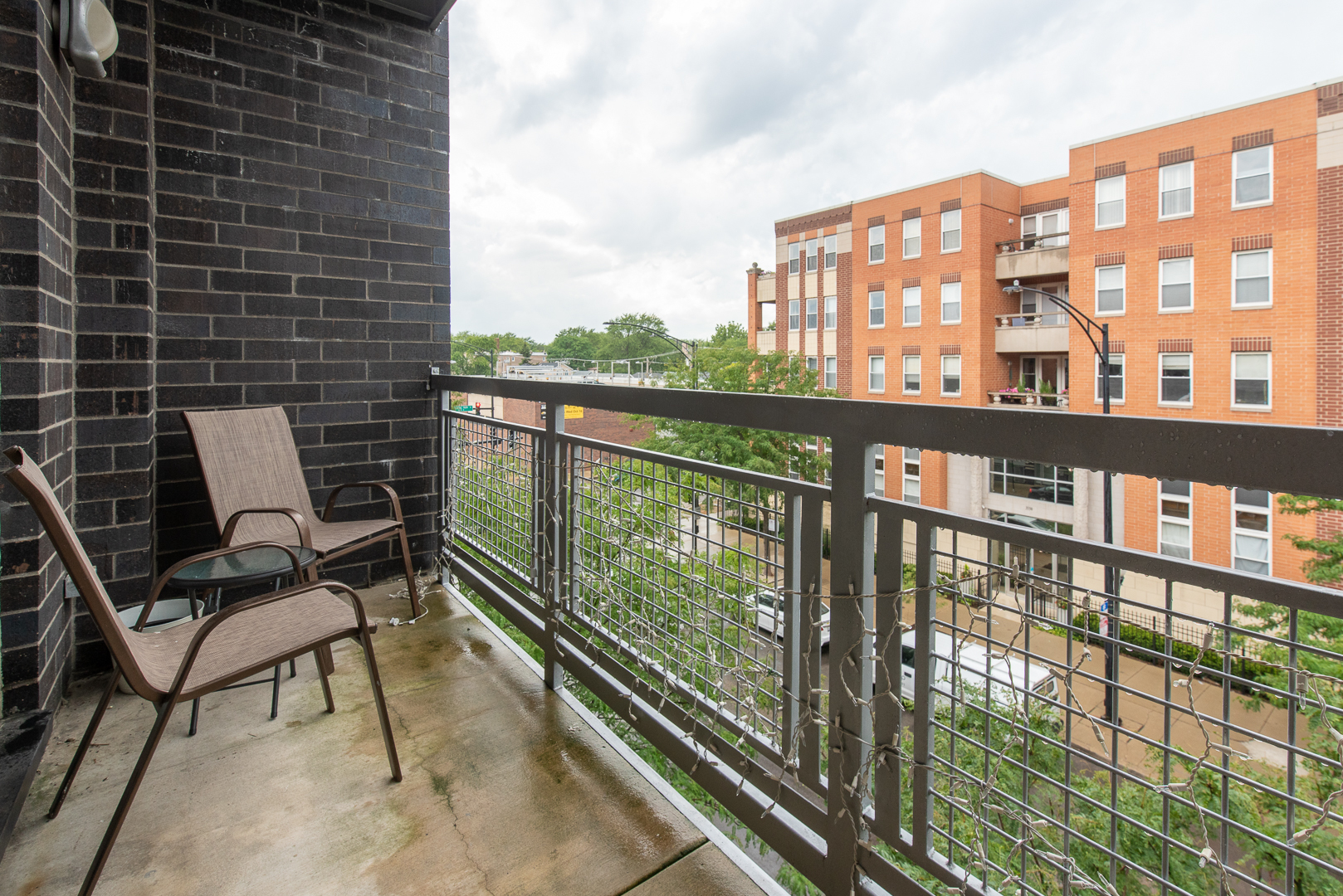 3553 West Montrose Avenue #17
