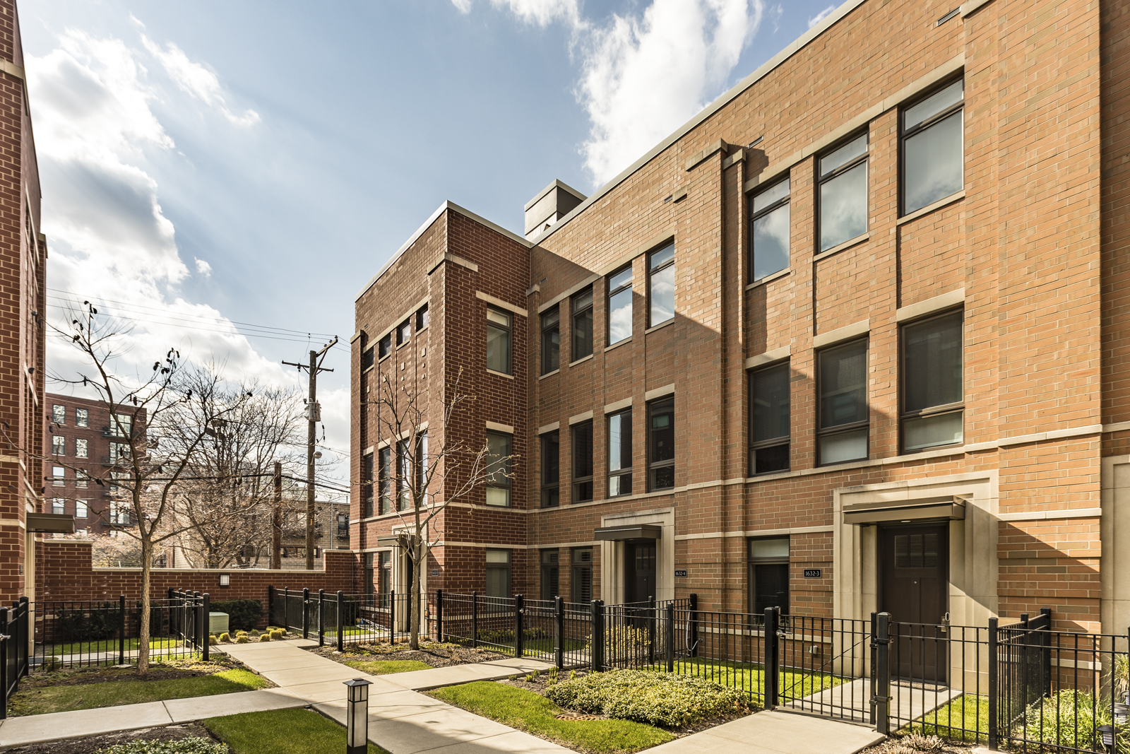 primary photo for 1632 South Prairie Avenue 4, Chicago, IL 60616, US