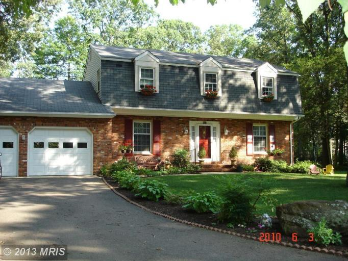 517 Green Forest Dr, Severna Park, MD 21146