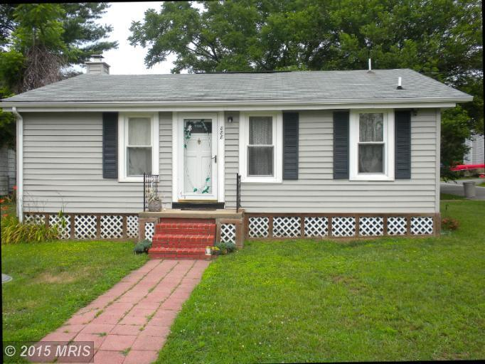 888 Severn Ave, Edgewater, MD 21037