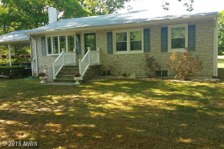 886 Harwood Rd, Harwood, MD 20776