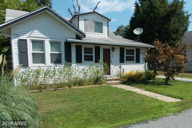 1224 Holly Ave, Shady Side, MD 20764