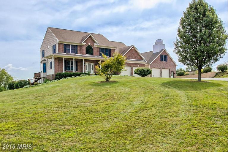 802 Mount Carmel Rd, Orrtanna, PA 17353