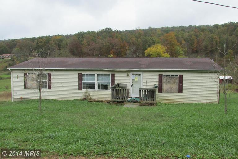 15901 Brice Hollow Rd SE, Cumberland, MD 21502