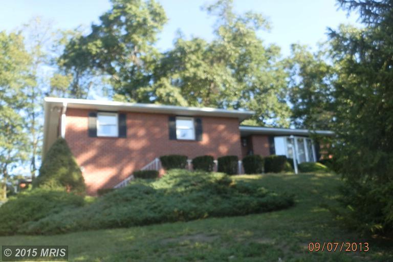 905 Growden Ter, Cumberland, MD 21502