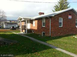 77 Hill St, Frostburg, MD 21532