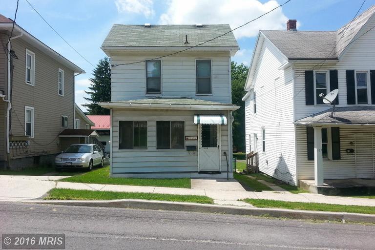 129 Bowery St, Frostburg, MD 21532