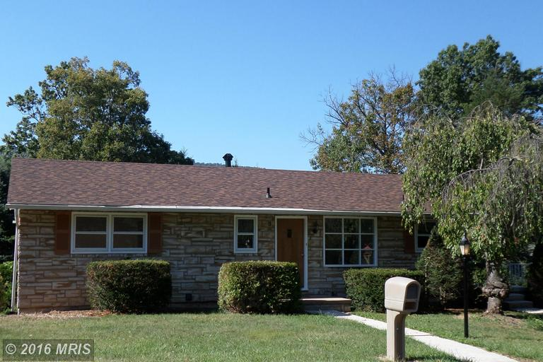 737 Valley View Dr, Lavale, MD 21502