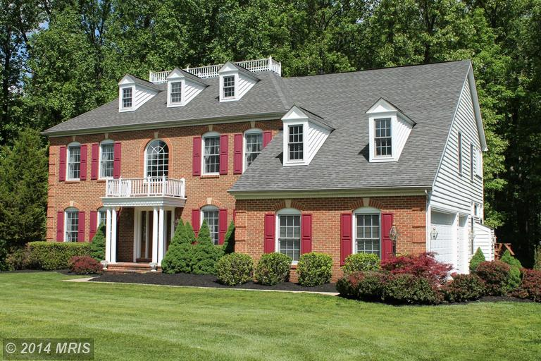 8 Falling Water Ct, Reisterstown, MD 21136