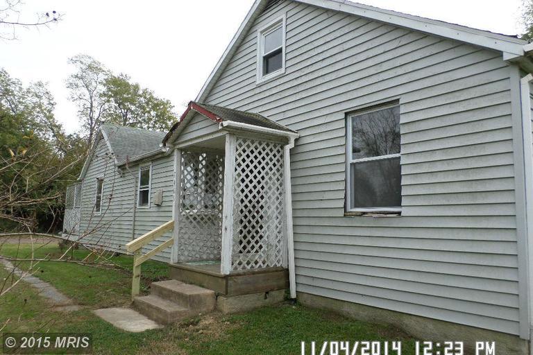 7405 Saint Patricia Ct, Baltimore, MD 21222
