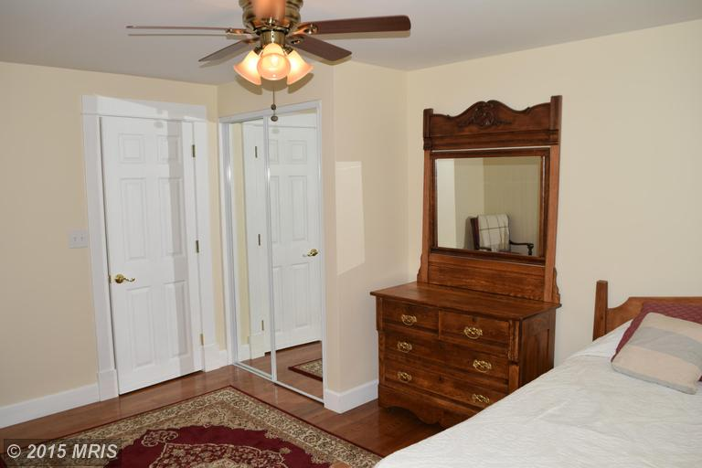 2006 Middleborough Road, Essex, MD, 21221: Photo 20
