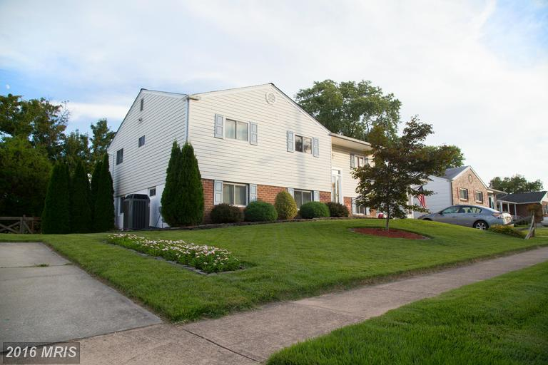 9211 Snyder Ln, Perry Hall, MD 21128