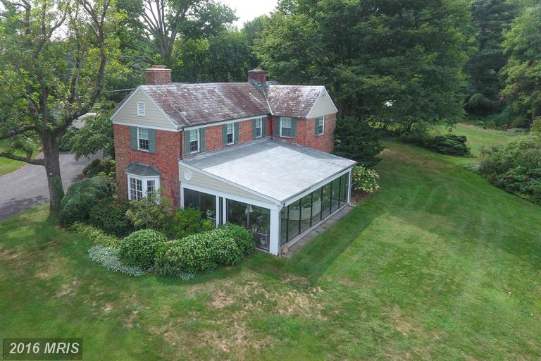1922 Old Court Rd, Towson, MD 21204