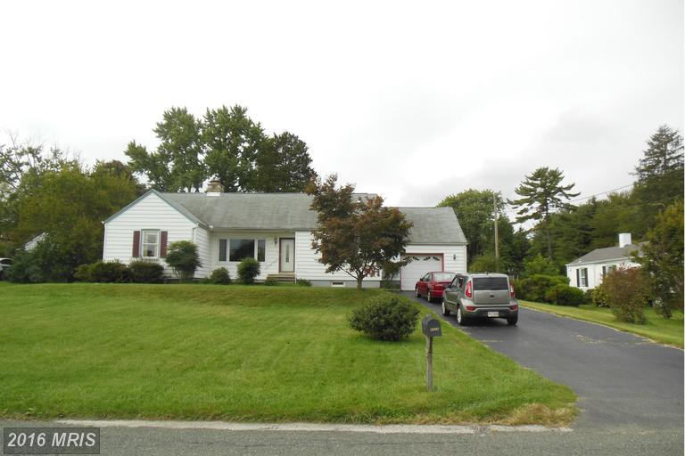 4025 Schroeder Ave, Perry Hall, MD 21128