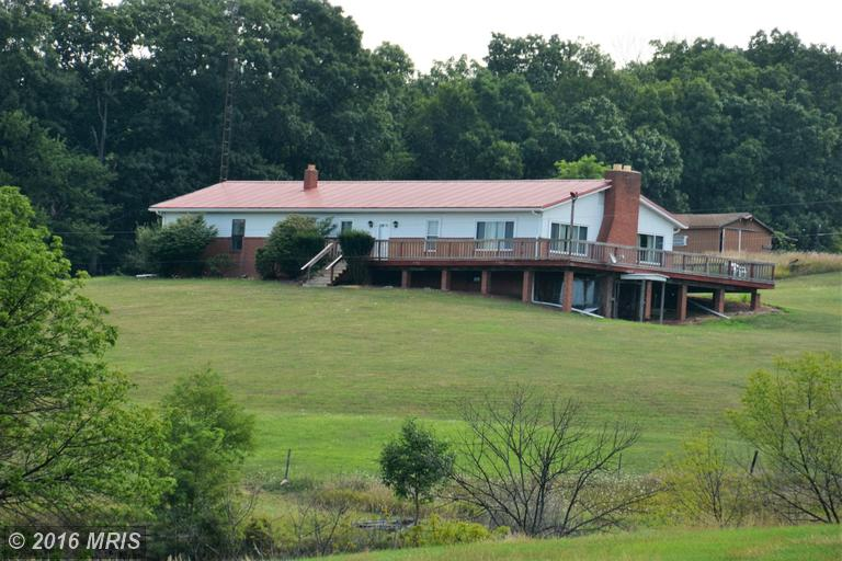 1230 Colonel Fetters Rd, Clearville, PA 15535