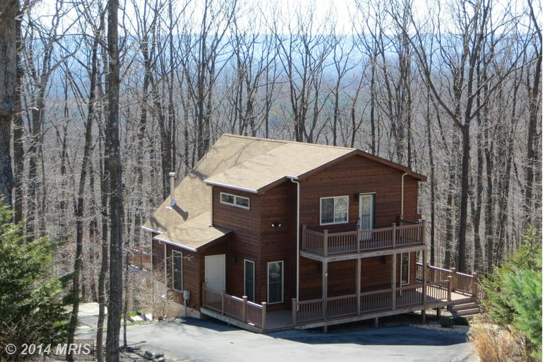 281 Moundbuilder Loop, Hedgesville, WV 25427
