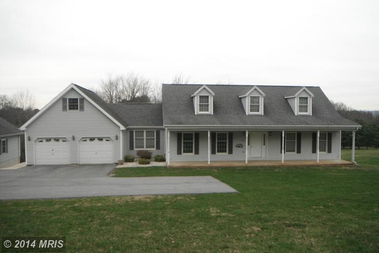 56 Regal Dr, Falling Waters, WV 25419