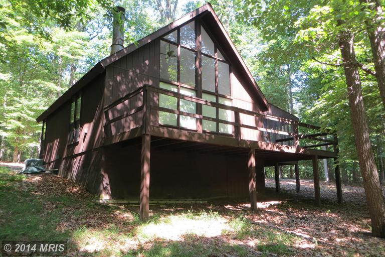 246 Ruffed Grouse Ln, Hedgesville, WV 25427