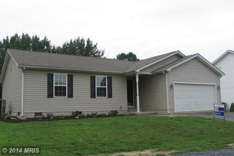 40 Neighbor Way, Inwood, WV 25428