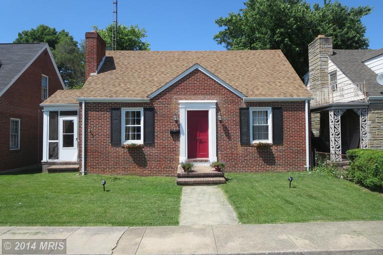 906 W Burke St, Martinsburg, WV 25401