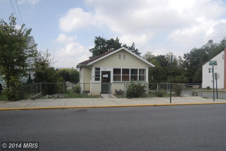 628 N High St, Martinsburg, WV 25404