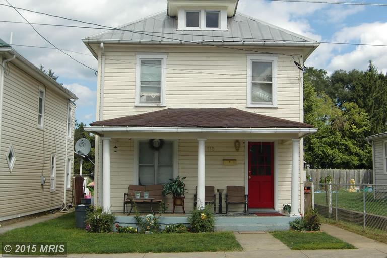 710 W Stephen St, Martinsburg, WV 25401
