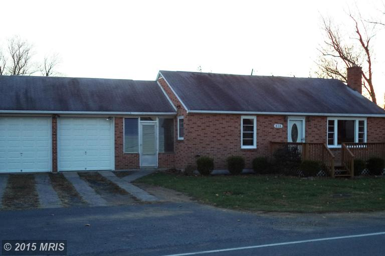 818 Bedington Rd, Martinsburg, WV 25404