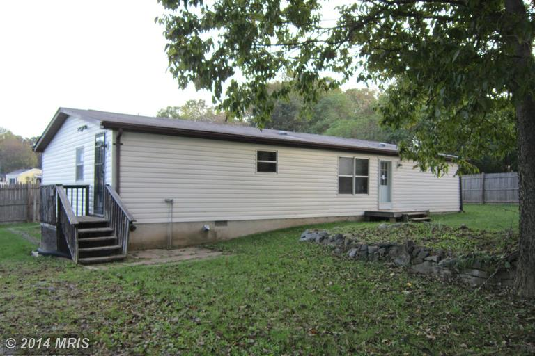 194 County Line Dr, Martinsburg, WV 25404