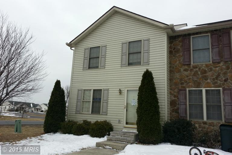7 Colossians Ct, Inwood, WV 25428
