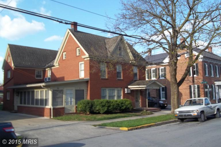 321 W Burke St, Martinsburg, WV 25401